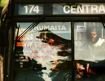 ブラジル バスジャック事件 画像